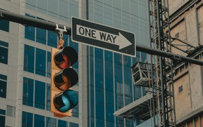 Picture the city, the inscription, street, building, traffic light, index