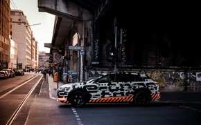 Picture the city, Audi, crossroads, 2018, E-Tron Prototype