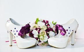 Picture bouquet, shoes, wedding
