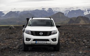 Picture white, Nissan, front, pickup, Navara, 2020, Off Roader AT32