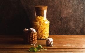 Picture still life, garlic, pasta