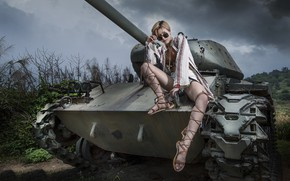 Picture girl, tank, Asian