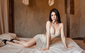Picture Bed, model, brunette, A Diakov George