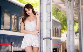 Picture pose, model, train, portrait, makeup, figure, dress, the car, the platform, hairstyle, brown hair, legs, …