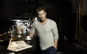 Picture look, pose, coffee, actor, Til Schweiger, Til Schweiger, the dark background