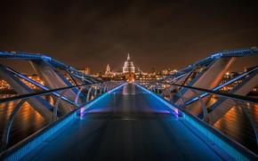 Picture England, London, St. Paul's Cathedral, Millenium bridge