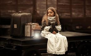 Picture girl, lantern, suitcases, Garcia, Emmanuel