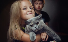 Picture cat, look, child, girl