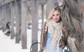 Picture winter, girl, tree, makeup, scarf, coat