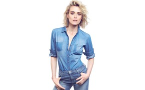Picture look, girl, jeans, figure, shirt, beautiful, Taylor Schilling, It