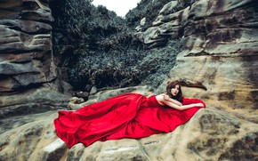 Picture look, leaves, girl, pose, stones, mood, rocks, thickets, plants, hands, lies, brown hair, Asian, red …