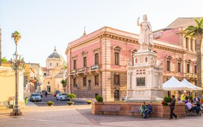 Picture the city, home, area, Italy, Sardinia, Oristano, Sardinia, Oristano