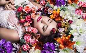 Picture girl, flowers, makeup, lipstick, photographer Karolina Ryvolova, Aneta Kotikovа
