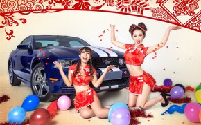 Picture auto, look, Ford, Girls, beautiful girls, having fun on the machine