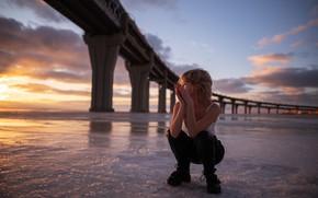 Picture sea, girl, sunset, bridge, pose, squat, Mar, Maxim Gontarev