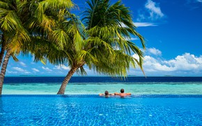 Picture sea, palm trees, pool