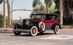 Picture old, retro, Chrysler, 1930, Phaeton, Series 77