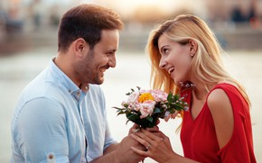 Picture girl, love, flowers, mood, bouquet, pair, lovers, smile