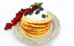 Picture berries, blueberries, plate, currants, pancakes