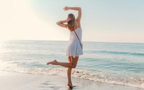 Picture sea, girl, the sun, back, dress, legs