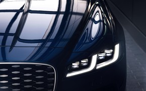 Picture reflection, Jaguar, headlight, the hood, grille, sedan, Jaguar XF, 2020, XF