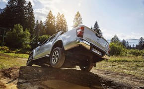 Picture puddle, pit, Renault, pickup, 4x4, feed, 2017, Alaskan, gray-silver