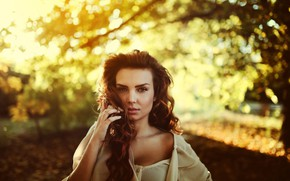 Picture look, the sun, trees, nature, pose, model, portrait, makeup, hairstyle, brown hair, beauty, bokeh