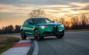 Picture sunset, lights, the evening, Alfa Romeo, racing track, crossover, Four-leaf clover, 2020, Stelvio