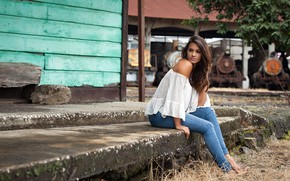 Wallpaper pose, portrait, jeans, barefoot, makeup, figure, hairstyle, blouse, brown hair, beauty, sitting, dark, Jose Carlos ...