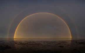 Picture sea, the sky, rainbow