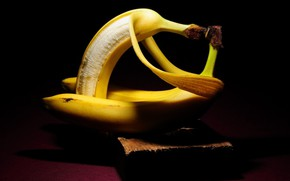 Picture BACKGROUND, PAIR, BLACK, YELLOW, BANANA, The FLESH, SKIN, RELATIONSHIP, PEEL, HUGS