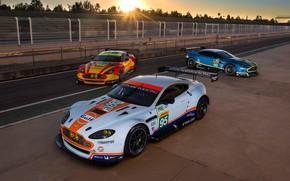 Picture Aston Martin, The sun, Wheel, Machine, Lights, Sport, Spoiler, The fence, Racing Car, Race Track