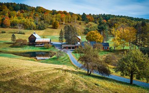 Picture road, autumn, forest, hills, slope, village, houses