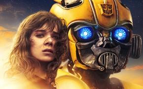 Picture girl, robot, Transformers, Bumblebee, Bumblebee