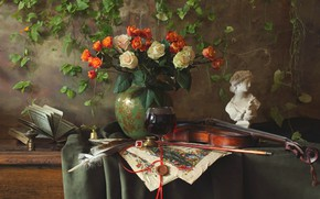 Picture pen, violin, roses, bouquet, book, ring, bust
