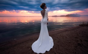 Picture style, shore, model, dress, the bride