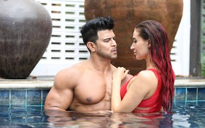 Picture girl, pool, men, bodybuilder, muslces