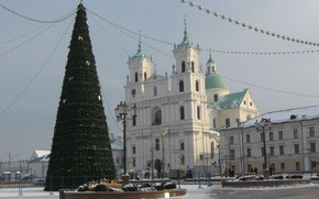 Picture NEW YEAR, TREE, BELARUS, GRODNO, The CHURCH