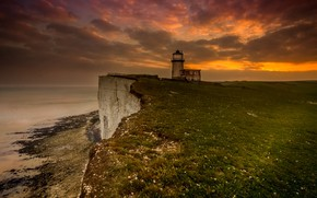 Picture sea, the sky, clouds, clouds, rocks, shore, lighthouse, the evening