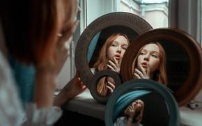 Picture girl, reflection, freckles, mirror, Juliana Naidenova
