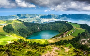 Picture lake, Portugal, crater, Seven Cities