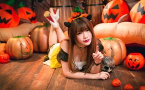 Picture girl, skull, pumpkin, Halloween, Asian
