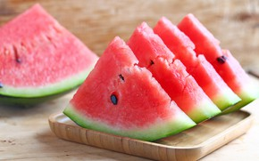 Picture watermelon, the flesh, slices
