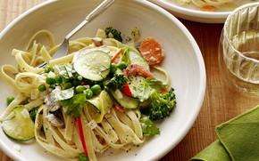 Picture dressing, vegetables, noodles, pasta with vegetables