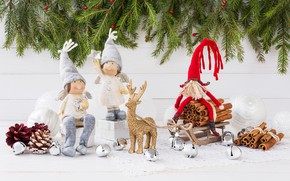 Picture branches, toys, ate, angels, gifts, sled, figures, spices, Rights Reserved, LAIMDOTA GRIVANE