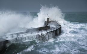 Picture sea, wave, storm, pierce