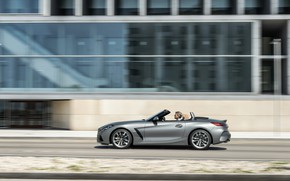 Picture glass, grey, movement, the building, BMW, Roadster, BMW Z4, M40i, Z4, 2019, G29