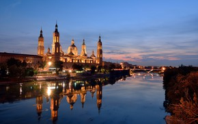 Picture lights, the evening, Spain, Zaragoza, Nuestra-Senora-del-Pilar