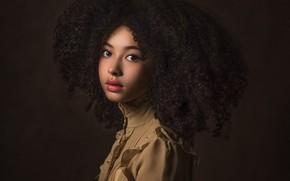 Picture girl, curls, Paulina Stalij-Duczman