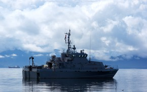 Picture boat, patrol, a young army man of Kamchatka